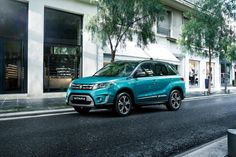 Suzuki'nin efsane haline gelen SUV modeli Vitara, baştan aşağı yenilenerek Türkiye'de yollara çıkıyor.