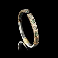 Bracelete de Joia Turca com Flor Verde e Branca. Maravilhoso! http://pol.vu/kh
