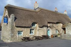 The Blue Anchor Inn, East Aberthaw........ The Blue Anchor Inn is a quaint thatched roofed pub in East Aberthaw in South Glamorgan.  It has constantly traded as a public house since 1380, making it one of Wales's oldest pubs.  It's a favourite of real ale fans as they have a wide range of ales on tap as well as hosting guest ales from microbreweries from all over the UK.