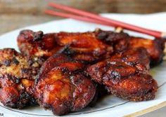 Pui cu sos de soia, ghimbir si usturoi Romania Food, Asian Recipes, Ethnic Recipes, Tandoori Chicken, Chicken Wings, Good Food, Food And Drink, Meat, Cooking