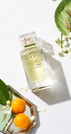Jolie Fleur Verte captures the crisp green color and dewy aroma of lily of the valley in Tory Burch's garden.