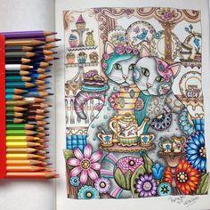 Finalizado! Gente, esse eu colori a maior parte com lápis de cor comum. Só usei…