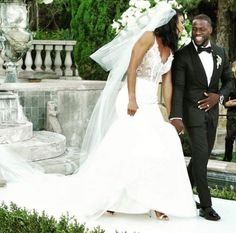 Kevin Hart shares gorgeous wedding photos