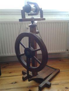 Spinnrad in Antiquitäten & Kunst, Alte Berufe, Spinner | eBay