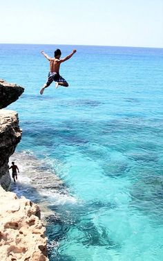 Daxi Holiday Guide To Cyprus E36 Cabrio, Great Places, Places To Visit, Cyprus Holiday, Visit Cyprus, Cliff Diving, Limassol, Luxor Egypt, Travel Goals