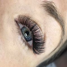 Lash Trainings - Volume Lashes - Private classes - www.jazzylashco.com