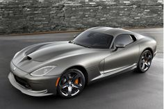 2014 SRT Viper Gets Anodized Carbon Special Edition Package