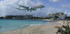 Sunset Beach Bar in St Maarten - airplane thrill seekers paradise!