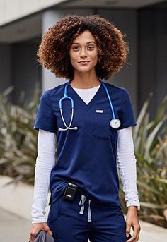 a3ee5334c63 71 Best Doctors style images | Doctors, Scrub tops, The doctor