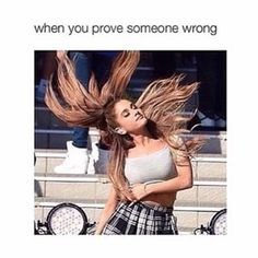 Crazy Funny Memes, Really Funny Memes, Stupid Funny Memes, Funny Laugh, Funny Relatable Memes, Nickelodeon Victorious, Ariana Grande Meme, Volleyball Memes, Coaching Volleyball