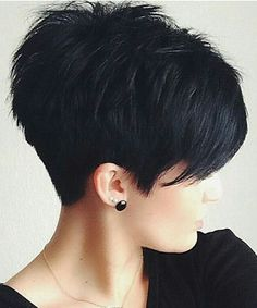 pixie hairstyles 2015 Textured pixie cut with full fringe and ragged tips on straight black . Popular Short Hairstyles, 2015 Hairstyles, Cool Hairstyles, Popular Haircuts, Black Hairstyles, Hairstyle Ideas, Short Stacked Hairstyles, Fringe Hairstyles, Updos Hairstyle
