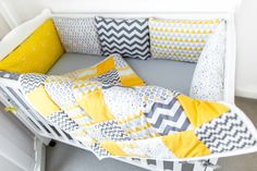 Light, warm and cozy quilt hand made by Kinderly - Caspar Patchwork Quilt