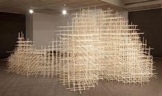 Des bouts de bois assemblés sculpture bois morceaut 06
