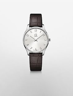 c7beaffd914 a classic watch designed with polished stainless steel