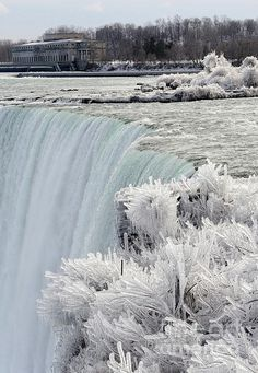Niagara Falls is on my Bucket List - this is beautiful.Frozen Niagara Falls In Winter by Christine Schaeffer Places To Travel, Places To See, Places Around The World, Around The Worlds, Winter Szenen, Winter Travel, Winter White, Winter Season, Les Cascades