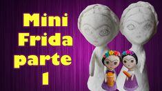 primera parte de tutorial mini Frida con papel mache Ronald Mcdonald, Paper, Mini, Fictional Characters, Paper Mache, Parts Of The Mass, Paper Envelopes, Fantasy Characters