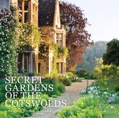 Buy Secret Gardens of the Cotswolds by Victoria Summerley at Mighty Ape NZ. Secret Gardens of the Cotswolds is a captivating photographic portrait of the greatest British gardens and the lords, ladies and gardeners who own and. The Secret Garden, Secret House, Secret Gardens, English Country Gardens, English Countryside, Victoria, British Garden, Contemporary Garden, Norfolk