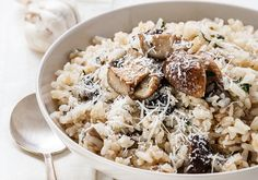 Can be made dairy and gluten free! Serve it by itself on a busy night or as a side dish. This Crockpot Mushroom Risotto Recipe is perfect! Crock Pot Recipes, Wing Recipes, Slow Cooker Recipes, Cooking Recipes, Crockpot Ideas, Free Recipes, Foie Gras, Polenta, Crockpot Risotto