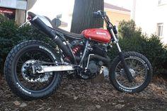 Bike Builder http://straightspeed.wordpress.com/2013/07/16/extemporae-002-fango-yamaha-xt660/