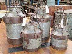 oude melk kannen zo gemaakt dat je ze als lamp kunt gebruiken