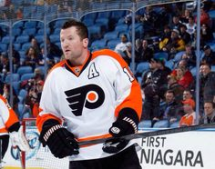 GRRRRRRRRRRRRR Scott Hartnell says that he was upset and angry when the  Flyers approached him about a trade 9d2deef19