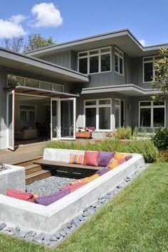 Foto: Gemütliche Lounge Ecke im Garten. Veröffentlicht von Schuhfreak auf Spaaz.de