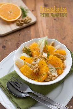 L'insalata di finocchi arance a noci e tipica del periodo invernale per i prodotti usati in base alla stagionalità. Fresca, colorata, saporita e sfiziosa.