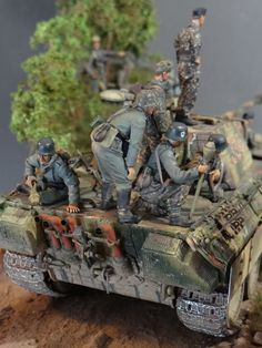 Dioramas and Vignettes: Normandy, photo Lego Soldiers, D Day Normandy, Military Action Figures, Plastic Model Cars, Model Tanks, Model Cars Kits, Military Modelling, Ww2 Tanks, Military Diorama