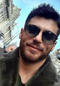 Turkish Men, Turkish Actors, Series Movies, Tv Series, Awesome Beards, It Movie Cast, Beard Styles, Cute Boys, Blue Eyes