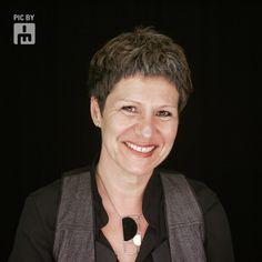 HÉLÈNE ROBILLARD ◊ Consultante en communication ◊ Formatrice stratégie de communication culturelle