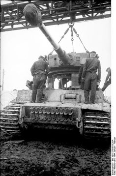 World War II in Pictures: Tiger Tanks
