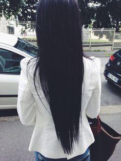 Bild über We Heart It https://weheartit.com/entry/175767312 #blackhair #hairstyle #longhair #straight #straighthair #jetblack #hairgoals