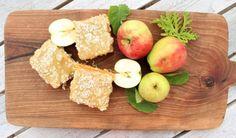 Silviakaka med äpple & brynt smör | Fridas Food Peach, Fruit, Sweet, Food, Lemon, Candy, Peaches, Eten, Meals