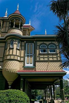 Unique Victorian Mansion, The Winchester Mystery House