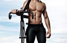 Estudios revelan como obtener un six pack al pedalear en bici