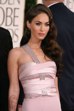 Megan Fox In Soft Pink Armani Prive Dress For Golden Globes 2011