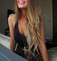 dirty blonde hair with gold highlights.