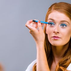 4 gorgeous ways to wear bold blue eyeliner