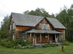 Val-Jalbert, Québec Cabana, Old Barns, Abandoned, Houses, Exterior, House Styles, Places, Nature, People
