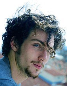 Aaron Johnson OOOOhhh beautiful Man!