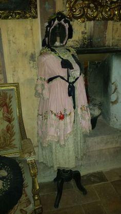 Frou-Frou antique child dress