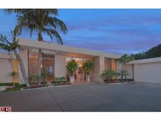 See this home on @Redfin! 335 Trousdale Pl, Beverly Hills, CA 90210 (MLS #12-602447) #FoundOnRedfin