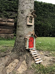 Top 41 wonderful fairytale garden ideas and decors 1 - fairy tree houses, fairy garden . - Top 41 wonderful fairy tale garden ideas and decors 1 – fairy tree houses, fairy garden designs, - Garden Crafts, Garden Projects, Garden Art, Garden Types, Easy Garden, Herb Garden, Diy Projects, Fairy Tree Houses, Fairy Garden Houses