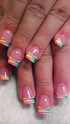 Nail art is a very popular trend these days and every woman you meet seems to have beautiful nails. It used to be that women would just go get a manicure or pedicure to get their nails trimmed and shaped with just a few coats of plain nail polish. French Manicure Nails, French Tip Nails, Manicure E Pedicure, Diy Nails, French Tips, French Pedicure, Pedicures, Pedicure Colors, Neon Nails