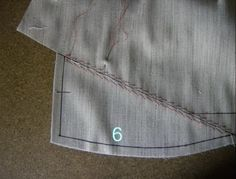 Sewing Techniques Advanced Quite some time ago, before his August holiday, PacoPeralta offered to write the directions for pad stitching and shaping the lapel and col. Sewing Coat, Sewing Clothes, Hand Sewing, Sewing Blogs, Sewing Hacks, Sewing Tutorials, Tailoring Techniques, Sewing Techniques, Sewing Patterns Free