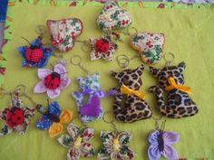 MissFelicidade Lembrancinhas-Atelier da Tati: Chaveiros gatinhos, joaninhas e borboletas