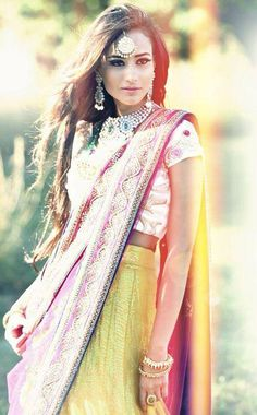Beautiful and vibrant colours with so pretty jewellery