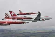 Airbus and Patrouille Suisse Luftwaffe, The Art Of Flight, Swiss Air, Tiger Ii, A330, Air Show, Switzerland, Air Force, Fighter Jets