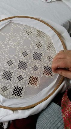 Diy Crafts - Notice the cotton layer under the hoop to save your hardanger. - Her Crochet Floral Embroidery Dress, White Embroidery, Hand Embroidery Designs, Embroidery Patterns, Cross Stitch Patterns, Border Embroidery, Hardanger Embroidery, Embroidery Stitches, Bordado Popular