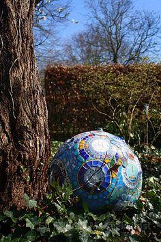Mozaik gömb.